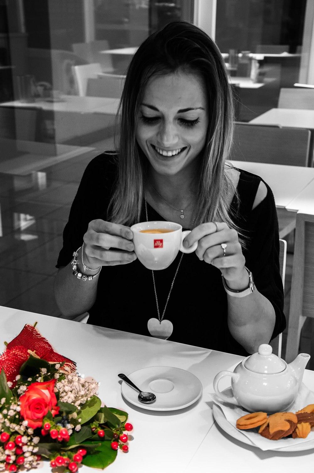 tazzadi-tè-bianco-e-nero